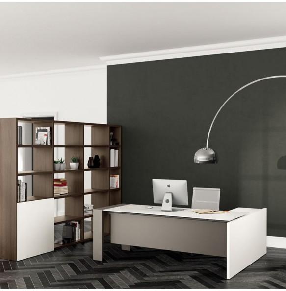 Γωνιακό γραφείο με γυάλινη επιφάνεια