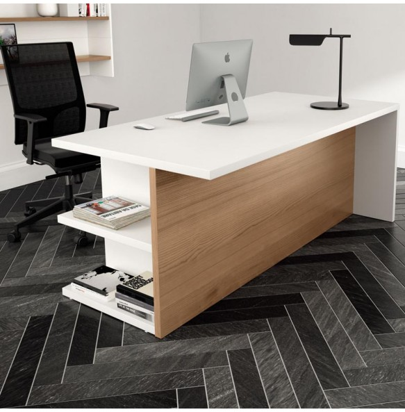 Ξύλινο γραφείο σε ίσια γραμμή με ενσωματωμένα ράφια